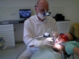 Čišćenje zuba pjeskarenjem